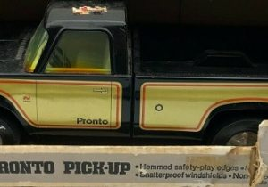 nylint pronto pick-up truck
